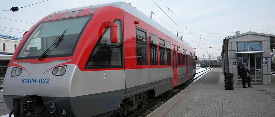 kiwitaxiguide-aeroport-vilnius-train