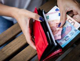 Средняя заработная плата в Литве выросла до 800 евро