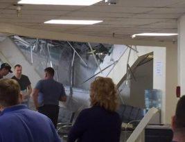В визовом центре Литвы в Минске обрушился подвесной потолок (Фото)